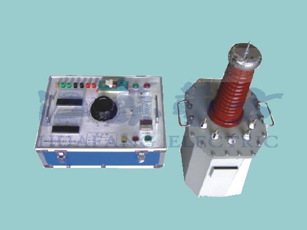 HFJS1710A油浸式交流耐压试验变压器为单相变压器,联结组标号。单台高压试验变压器的工作过程,用交流220V(10KVA以上为380V)电压接入电源控制箱(台),经电源控制箱(台)内自藕调压器(50KVA以上调压器外附)调节0200V(10KVA以上0400V)电压至试验变压器的初级绕组,根据电磁感应原理,在试验变压器高压绕组可获得试验所需的高电压。其工作原理图见图2所示。